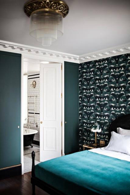 hotel-providence-paris-room-bathtub