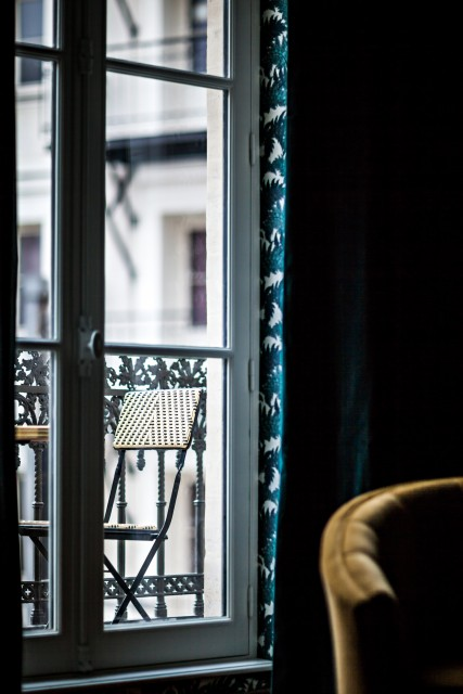 hotel-providence-paris-room-with-view