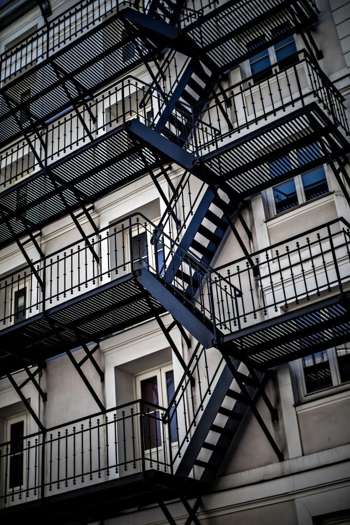 hotel-providence-paris-escalier-theatre-de-la-renaissance