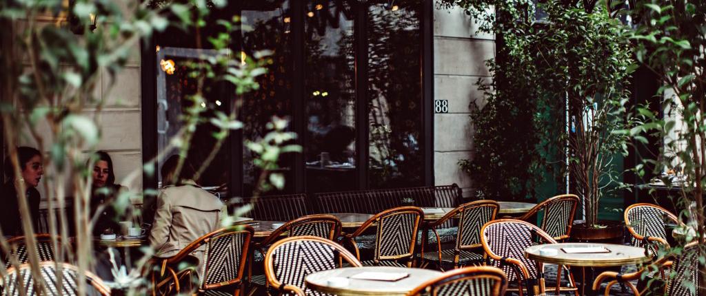 hotel-providence-paris-terrasse-restaurant-parisian-terrace